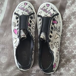 Graphic Coach Size 6.5 Sneakers